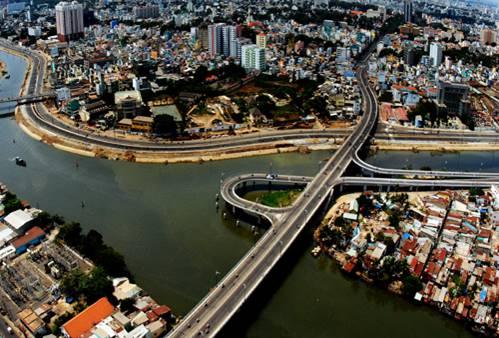 Cầu Nguyễn Văn Cừ kế nối du an can ho Saigon mia